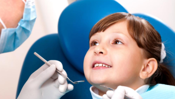 Little Girl At The Dentist | Kid'd Dentist Fayetteville AR